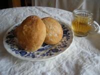 トマトバジルチーズパン